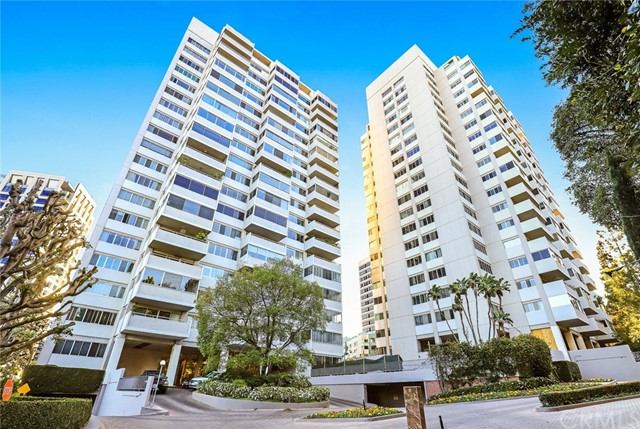 865 Comstock Avenue 15C, Los Angeles, CA 90024