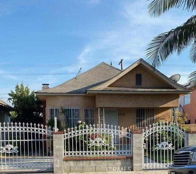 1204 Rolland Curtis Pl, Los Angeles, CA, 90037
