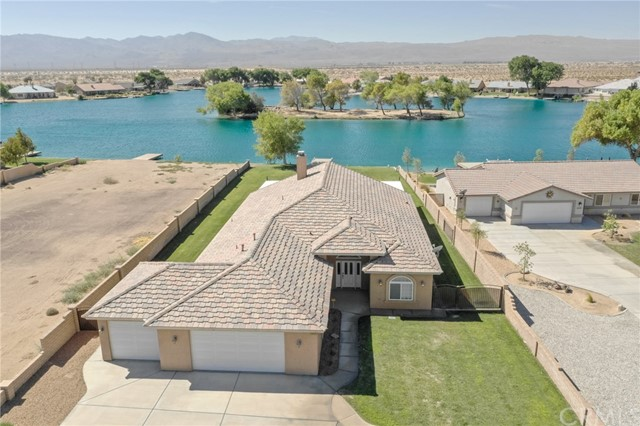 39405 Mountain View Road, Yermo, CA 92398