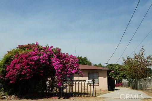 10050 Alameda Avenue, Bloomington, CA 92316