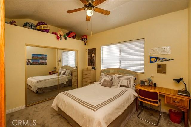 9063 Joshua Rd, Oak Hills, CA 92344 Photo 42