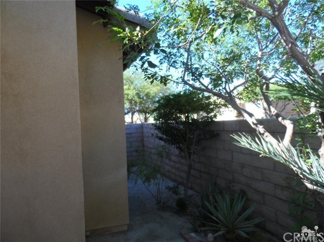 Image 37 For 65565 Acoma Avenue 90