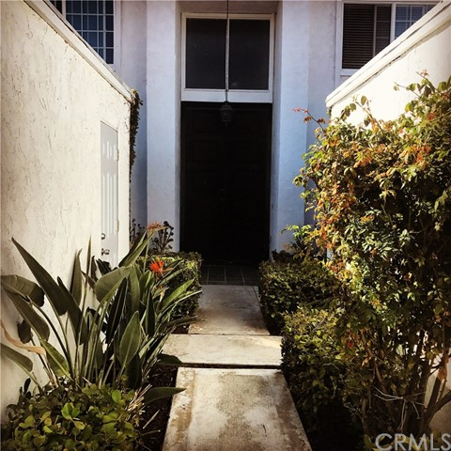 27 Whitewood Wy, Irvine, CA 92612 Photo 1