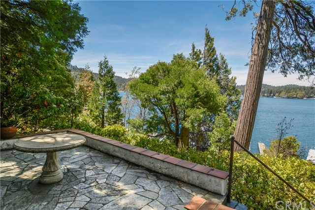 324 John Muir Road, Lake Arrowhead, CA 92352
