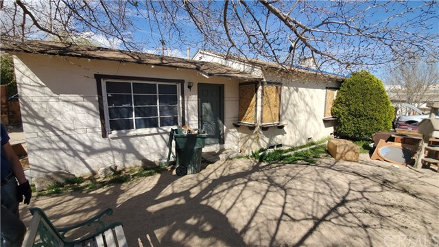 16748 Tracy St, Victorville, CA 92395 Photo