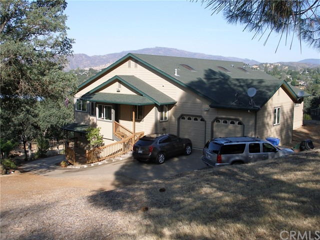 18798 Oak Grove Road, Hidden Valley Lake, CA 95467