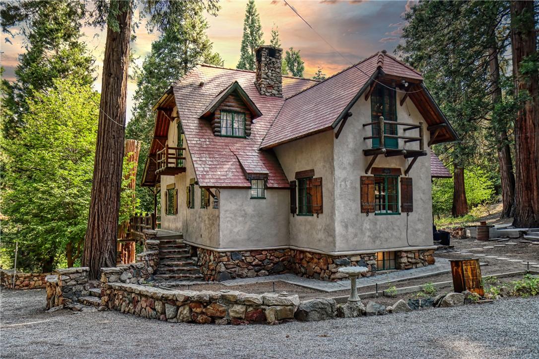 28832 Sycamore Drive, Lake Arrowhead, CA 92385