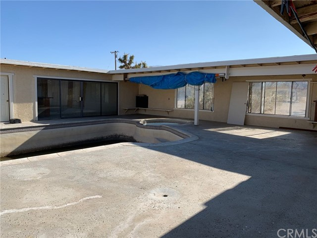 9561 Akron Rd, Lucerne Valley, CA 92356 Photo 18
