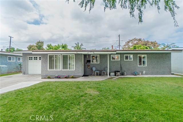 6920 E Bacarro Street Long Beach, CA 90815
