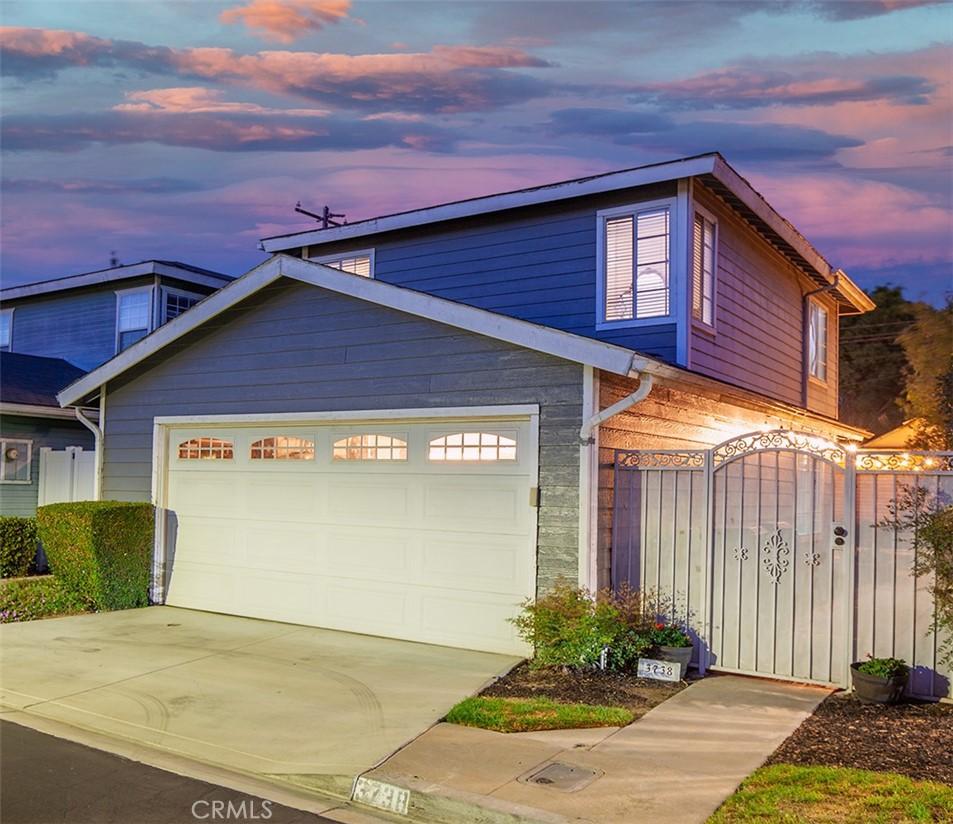 3738     Countryside Lane, Long Beach CA 90806
