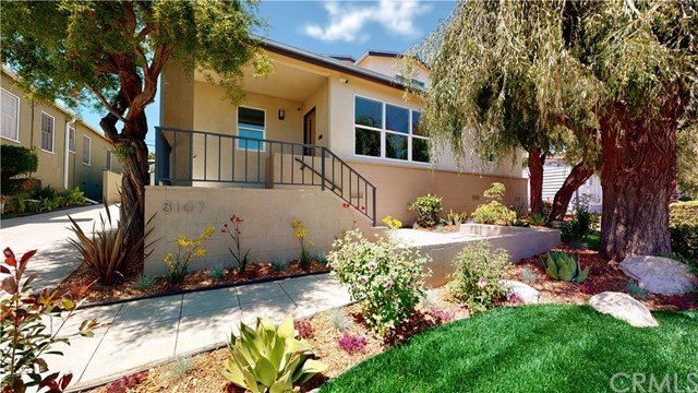 8107 Yorktown Avenue, Los Angeles, CA 90045