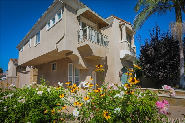 213 N Juanita Avenue A, Redondo Beach, CA 90277
