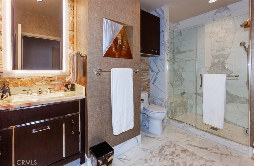 Third bedroom/office bath