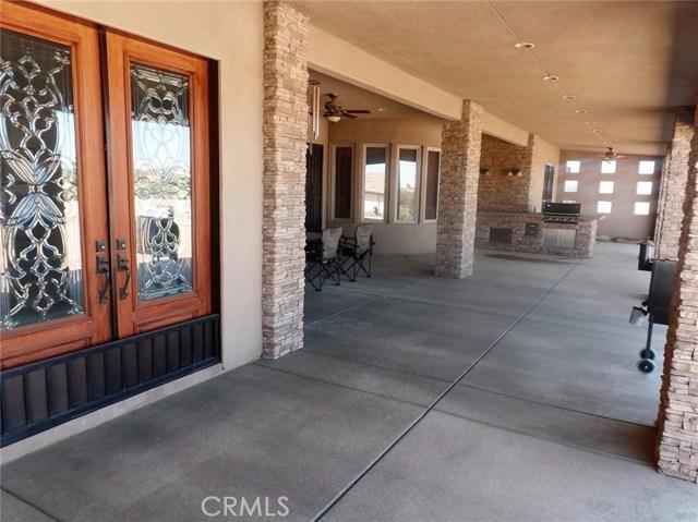 10990 Rodeo Rd, Oak Hills, CA 92344 Photo 5