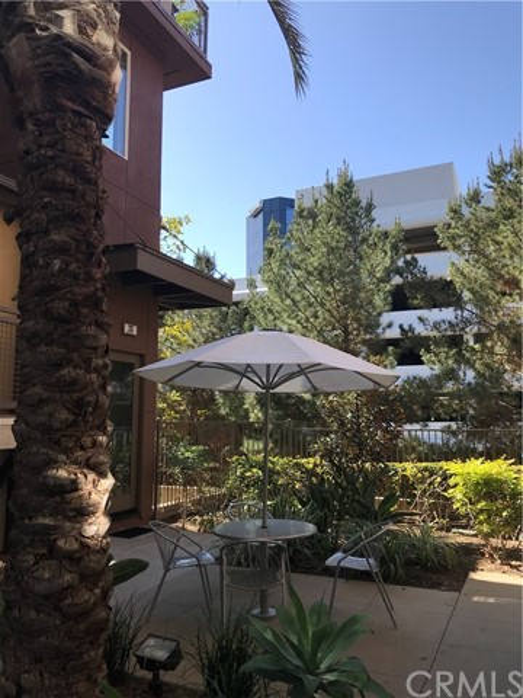23 Waldorf, Irvine, CA 92612 Photo 3