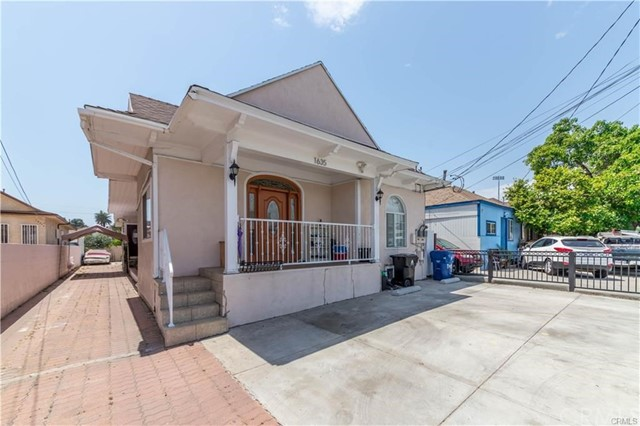 1635 S Berendo Street, Los Angeles, CA 90006