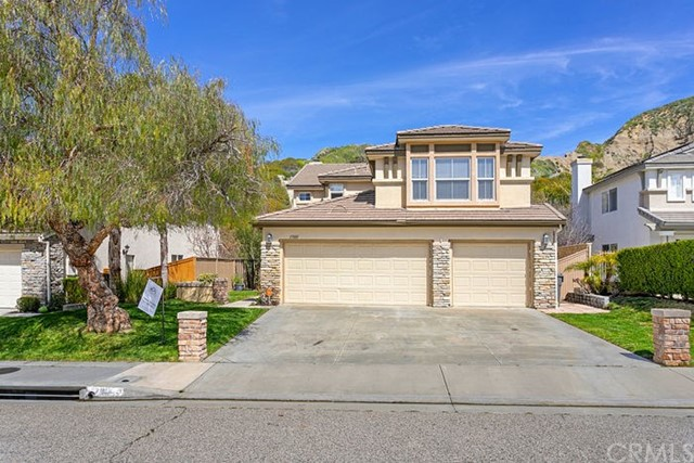 17801 Maplehurst Place, Canyon Country, CA 91387