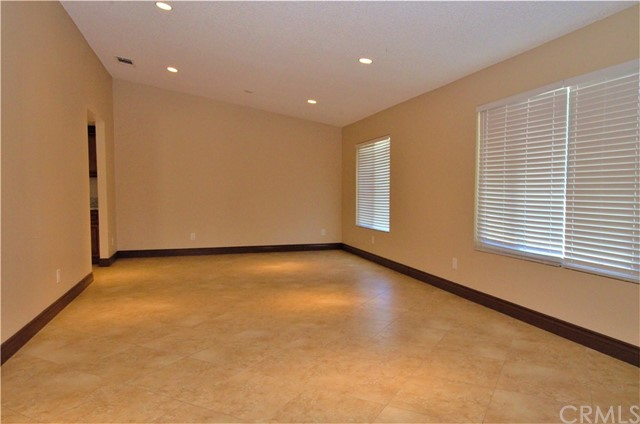 Large Front Room/ Living Room