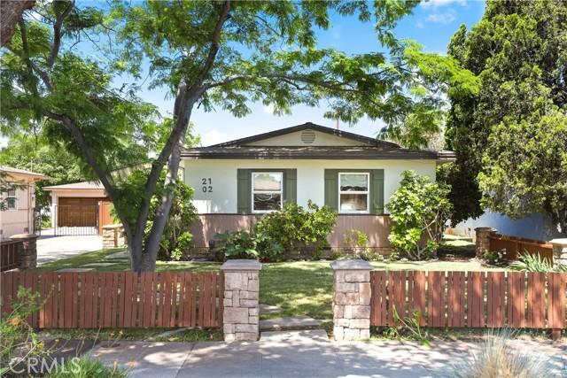 2102 Poinsettia Street Santa Ana, CA 92706