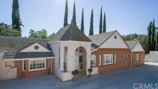 16754 Huerta Road, Encino, CA 91436