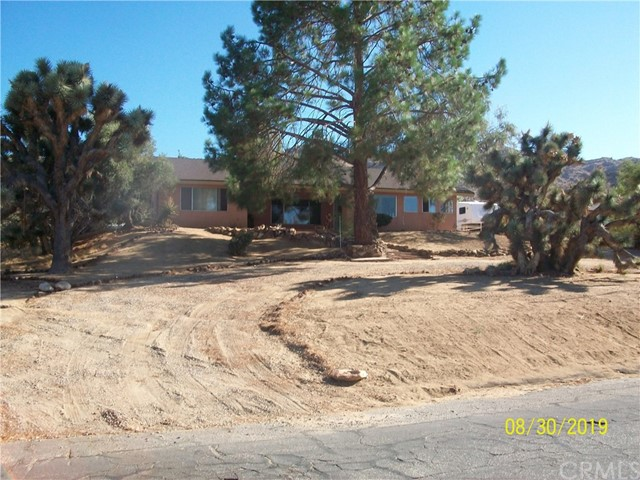 61059 Navajo Trail, Joshua Tree, CA 92252