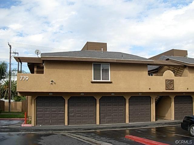 779 Gianni Drive, Corona, CA 92879