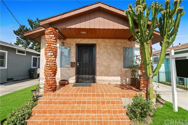 1377 Molino, Long Beach, CA 90804
