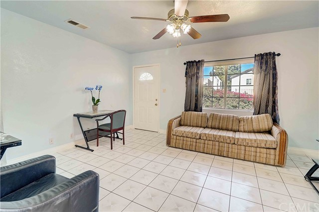 205 S Kemp Avenue, Compton, CA 90220