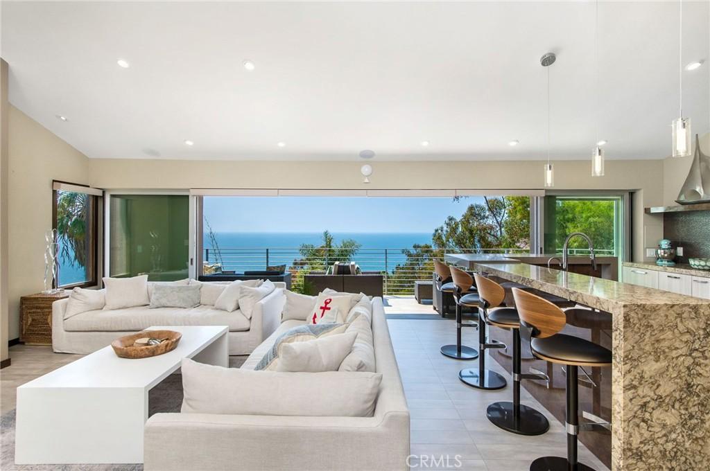 Photo of 31321 Ceanothus Drive, Laguna Beach, CA 92651