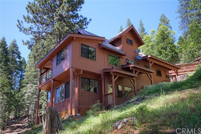 7330 Black Oak Lane, Yosemite, CA 95389