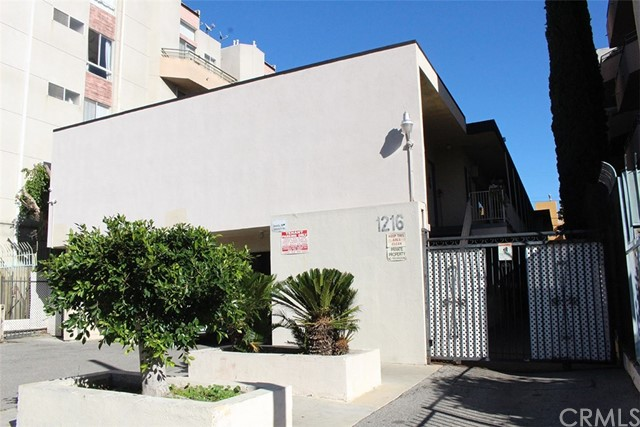 1216 N Las Palmas Avenue, Hollywood, CA 90038