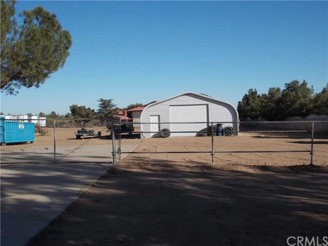 13810 Farmington St, Oak Hills, CA 92344 Photo 11