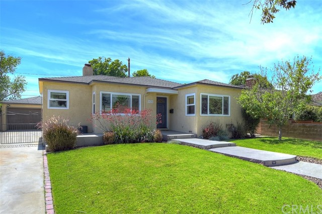 625 N Beachwood Drive, Burbank, CA 91506