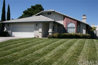 12670 Whispering Springs Rd, Victorville, CA 92395