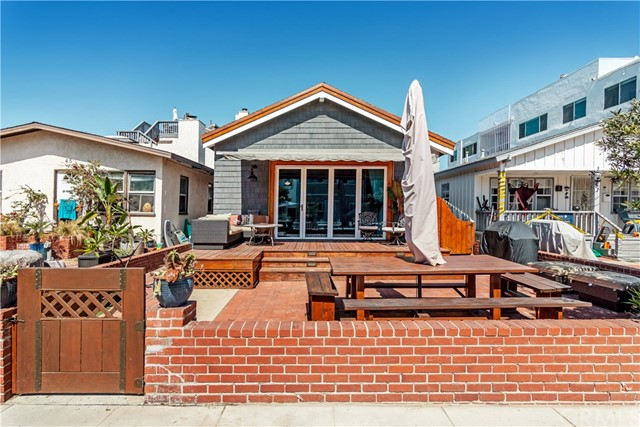 49 7th Street, Hermosa Beach, CA 90254