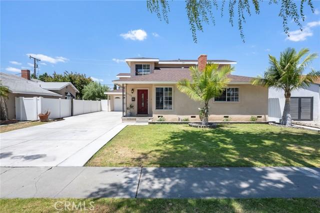 44. 1005 S Woods Avenue Fullerton, CA 92832