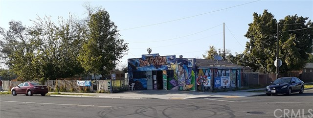 208 W Minarets Avenue, Pinedale, CA 93650