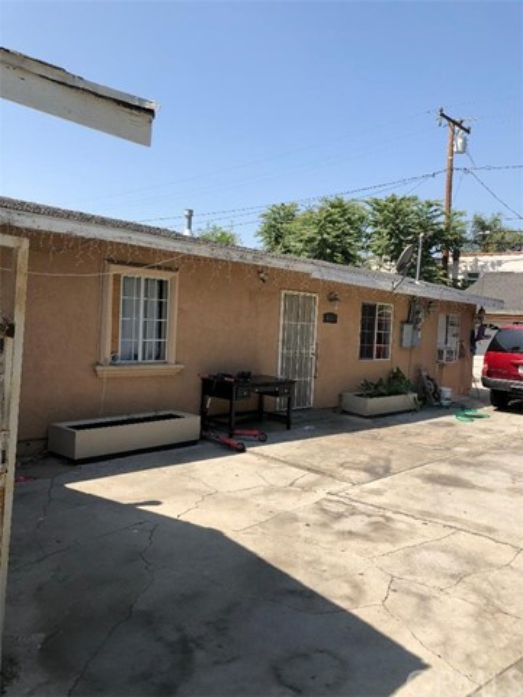 6111 Palm Av, Maywood, CA 90270 Photo 2