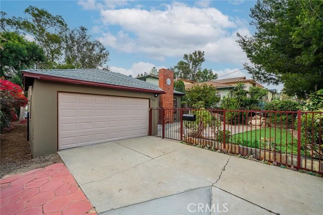 3. 381 La Colina Drive Inglewood, CA 90302