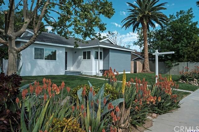13730 Eldridge Avenue, Sylmar, CA 91342