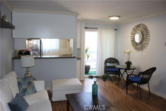 2411 Prospect Avenue 109, Hermosa Beach, California 90254, 1 Bedroom Bedrooms, ,1 BathroomBathrooms,For Rent,Prospect,PV21028431