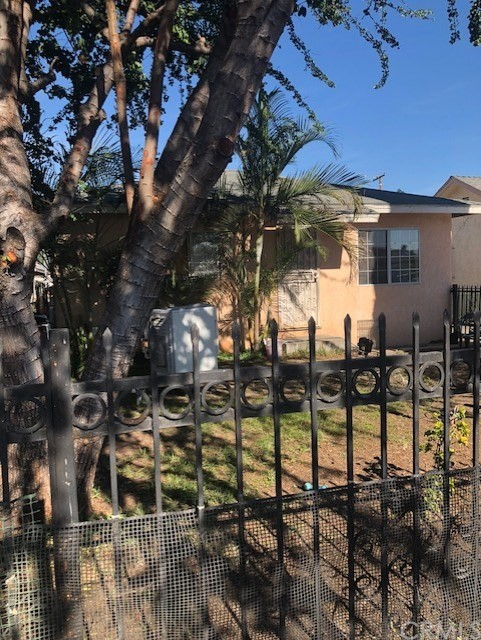 4705 E 57th Street, Maywood, CA 90270