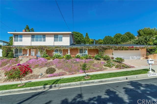 28428 Cedarbluff Drive, Rancho Palos Verdes, California 90275, 5 Bedrooms Bedrooms, ,4 BathroomsBathrooms,For Sale,Cedarbluff,PV18105715