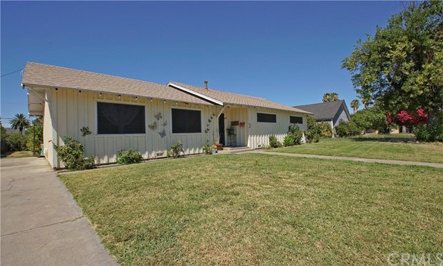 914 Chestnut Street, Corning, CA 96021