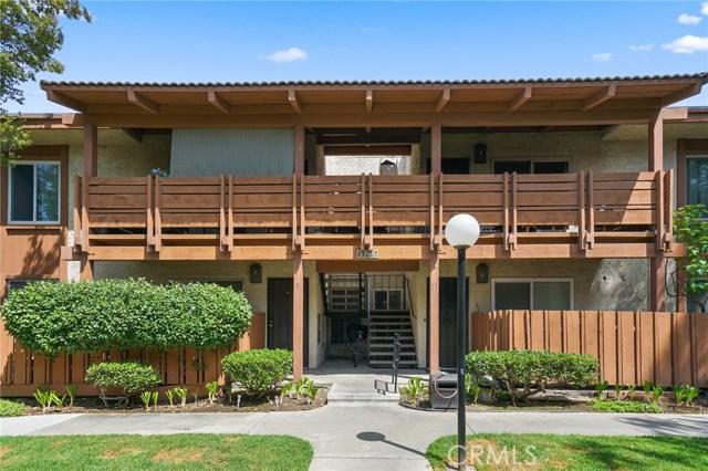 3705 Country Club Drive 10, Long Beach, CA 90807
