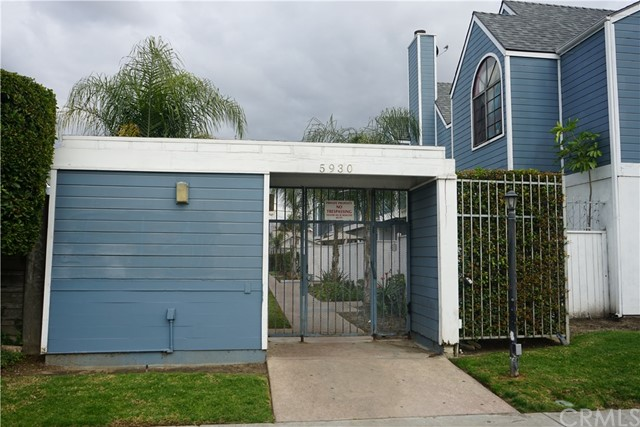 5930 Seville Avenue G, Huntington Park, CA 90255