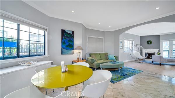 6010 Pacific Coast Highway 10, Redondo Beach, California 90277, 3 Bedrooms Bedrooms, ,1 BathroomBathrooms,For Sale,Pacific Coast,PV20225396