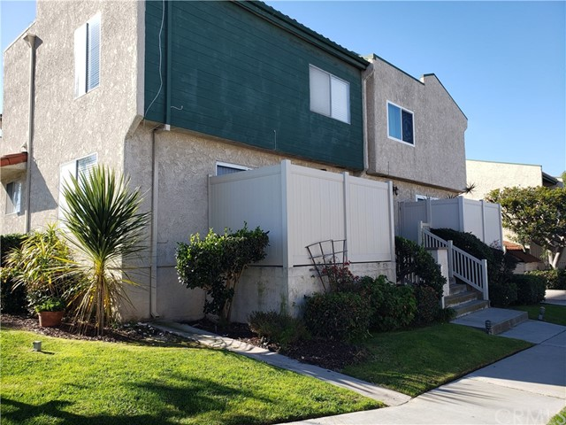 23903 Arlington Avenue, Torrance, CA 90501