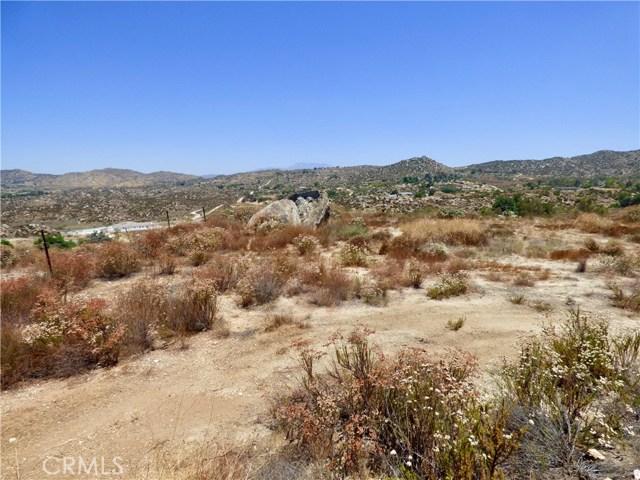 70 Hawkins Court, Juniper Flats, CA 92567 Photo 3