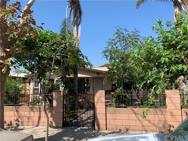 841 S Philadelphia Street, Anaheim, CA 92805